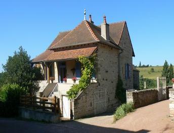 Huis kopen bourgogne huis vakantiehuis woning boerderij for Boerderijwoning te koop